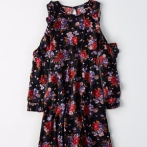 American Eagle Floral Print Cold-Shoulder Dress